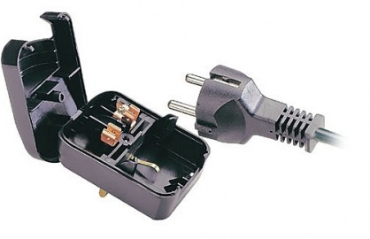 Adaptor Schuko la UK Negru, Lindy L73096